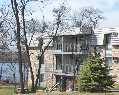 Listing scv 199 206 208 wisconsin st n north hudson apartment connextion rental guide for 1 bedroom apartments in hudson wi