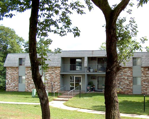 Lake Mallalieu Apartments 1 And 2 Bedroom Apartments For Rent North Hudson Wisconsin